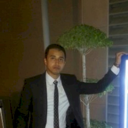 Ahmed - Abu Dhabi: Hi, my name is Ahmed from Egypt! Teaching p...