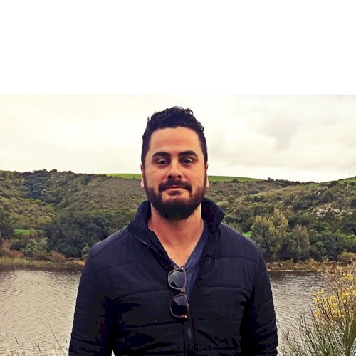 André - Cape Town: Hello! I am André from South Africa. I am...