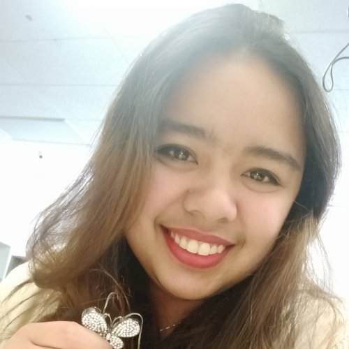 Anne - Auckland: Hi, I'm Anne! I came from the Philippines but...