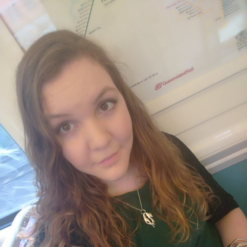 Arielle - Brisbane: Australian born English speaking native wi...