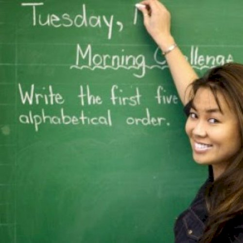 Aung - Singapore: You will learn a proper Thai language with m...