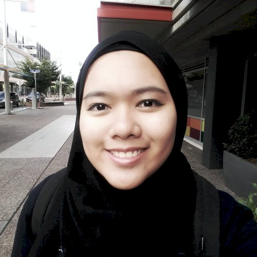 Azreen - Canberra: My name is Azreen from Malaysia. If you are...