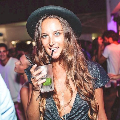 Beatrice - Melbourne: Hi! I'm Beatrice and I'm Italian. My fav...