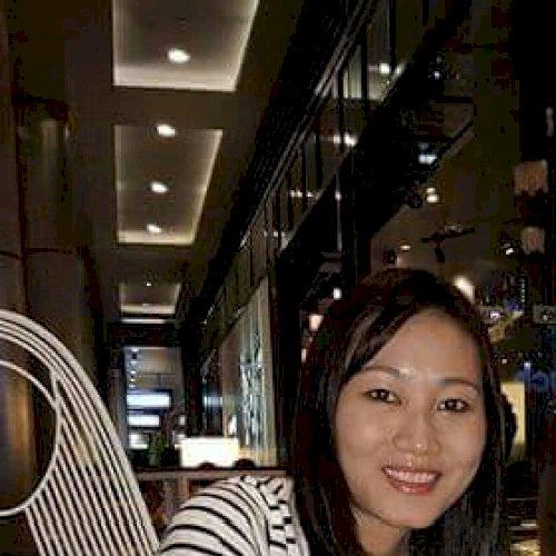 Chau - Melbourne: Hi, I'm Chau, a friendly person looking to h...