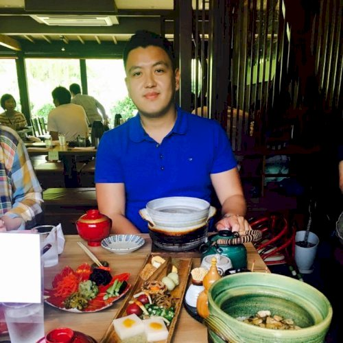Chris - Hong Kong: My name is Chris Lee. I'm a TEFL qualified ...