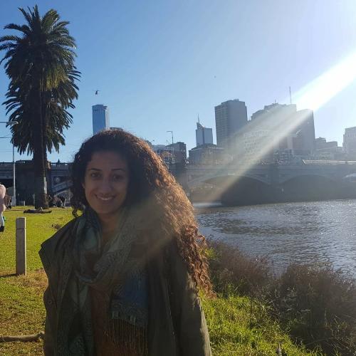 Daniel - Melbourne: Hello, I'm an exchange student, at Melbour...