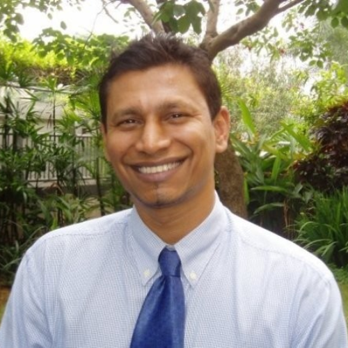 Deepak - Singapore: Motivated in teaching the English Language...