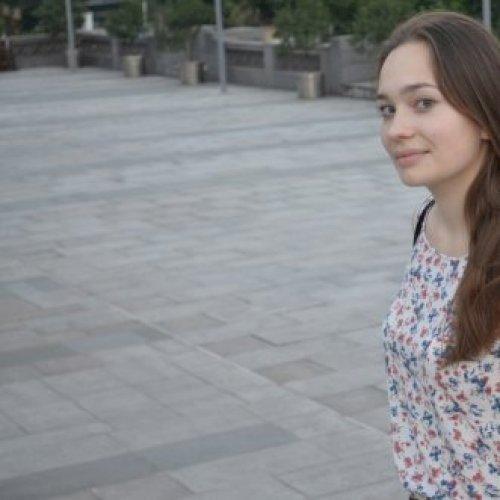 Elena - Perth: Experienced, motivated and customer-oriented la...