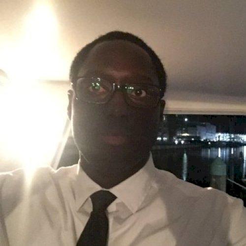 Emile-Pierre - Sydney: Hi, i'm A French young professional f...