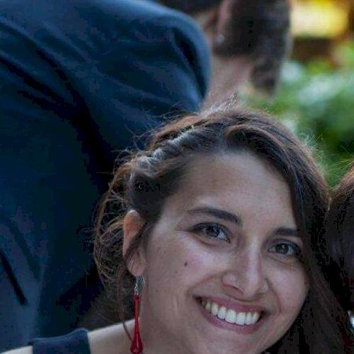 Giulia - Paris: Salut tout le monde, je suis Giulia, j'ai 26 a...