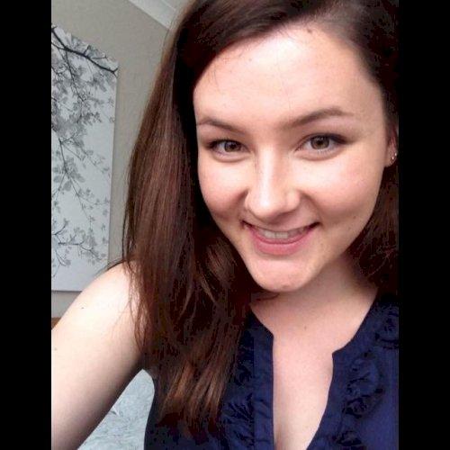 Hannah - Sunshine Coast: I'm Hannah, a 21-year-old woman who r...