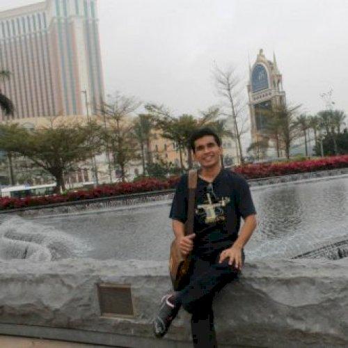 Ivan - Jakarta: Hello, I can speak English and Bahasa, so I ca...