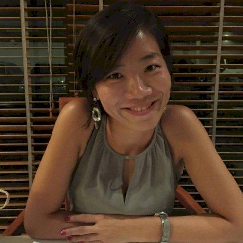 Jessie Leekyoung - Singapore: Hi, I'm Jessie from Korea. Korea...