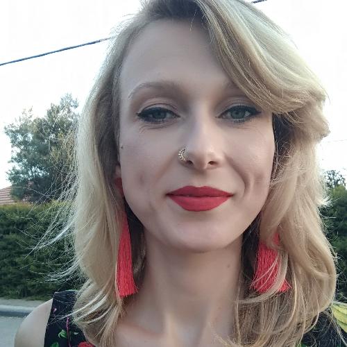 Joanna - Tel Aviv: Hi, My name is Joanna and I'm a native Poli...