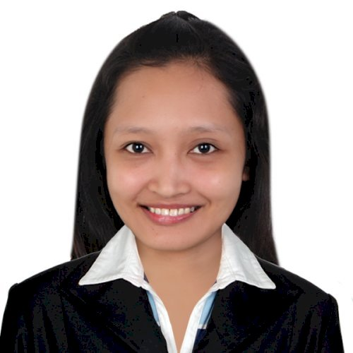 Liz - Filipino Teacher in Dubai: I am Liz, a Filipino Native s...