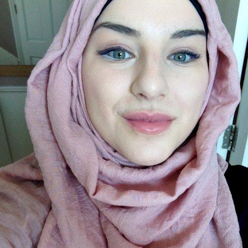 Lynda - City Of London: I am Lynda, a 24 years old girl from F...