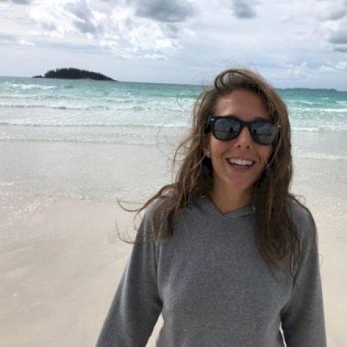 Manuela - Sydney: Hi guys! I'm Manuela an Italian girl. I'm 22...