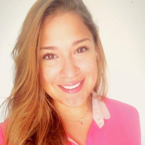 Maria Teresa - Hong Kong: My Name is Maria and I´m here to he...
