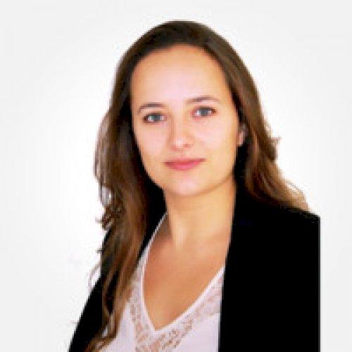 Marie-adélie - Paris: Hi, I'm a French tutor based in Paris. ...
