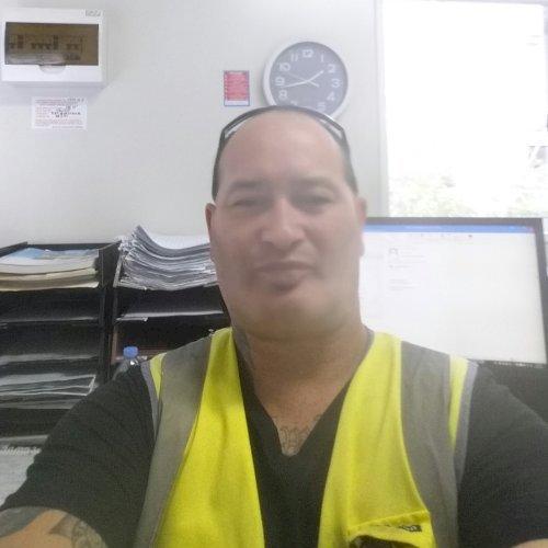 Mark - Brisbane: Hi There, My name is Mark, I am 45 years old ...