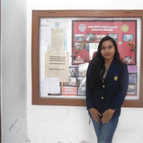 Martha - Jakarta: Hey, I'm Martha, 20 years old! I can speak E...