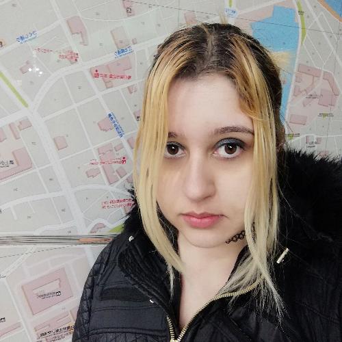 Mia - Tokyo: I am an experienced English teacher who has been ...