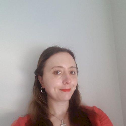 Monica - Perth: Hello, I am Monica, originally from Italy and ...