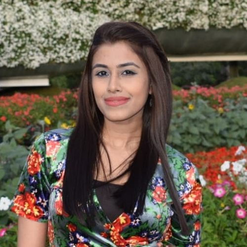 Ragi - Dubai: Hi everyone! call me Sarah. I have done my bache...