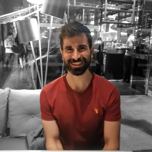 RamÓn - Dubai: Spanish male living in Dubai recently. I´m a ...