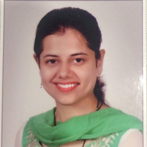 Richa - Sydney: I am an Engineering post graduate with teachin...