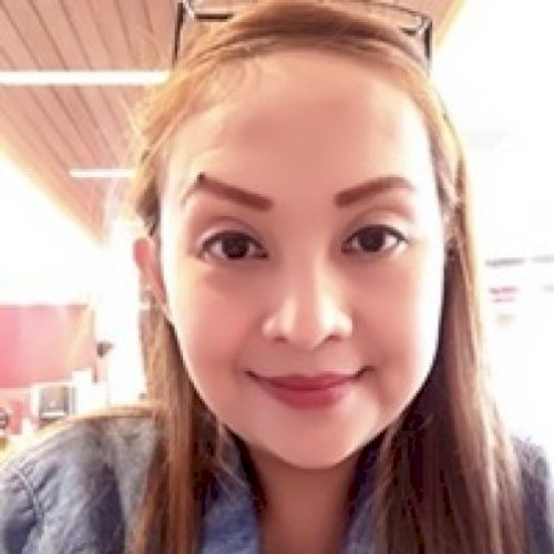 Rochelle - Manila: Well Hello there! My name is Teacher Chei. ...