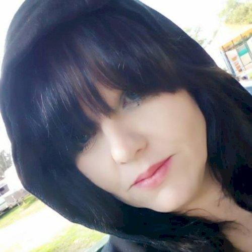 Samantha - Perth: I'm Samantha, a 35yr old female lived in Aus...