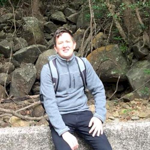 Simon - Hong Kong: Hello, I'm a Belgian engineer-architect and...