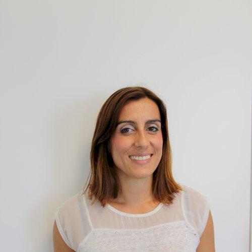 Sonia - Melbourne: Hello, my name is Sónia. I am a Portuguese...