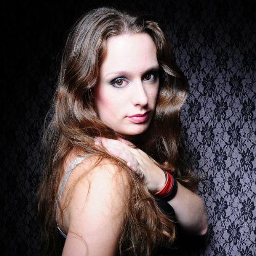 Susanne - Brisbane: Hi, My name is Susanne and I'm a teacher a...
