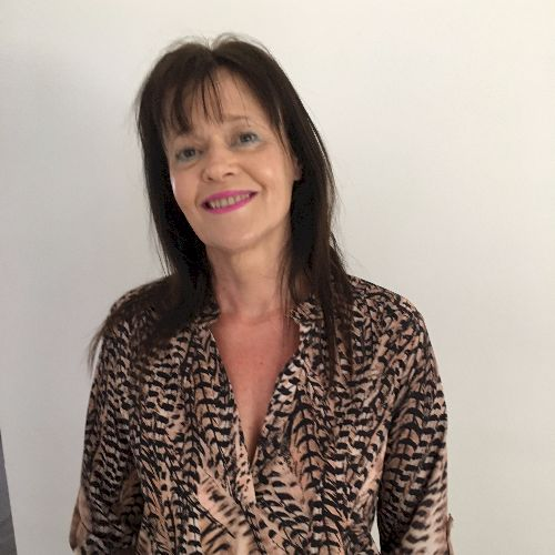 Judy - Afrikaans Teacher in Gold Coast: Hi my name is Judy I w...