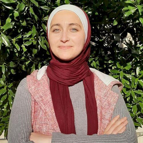 Ro'ya - Arabic Teacher in Amman: I like teaching and also lear...