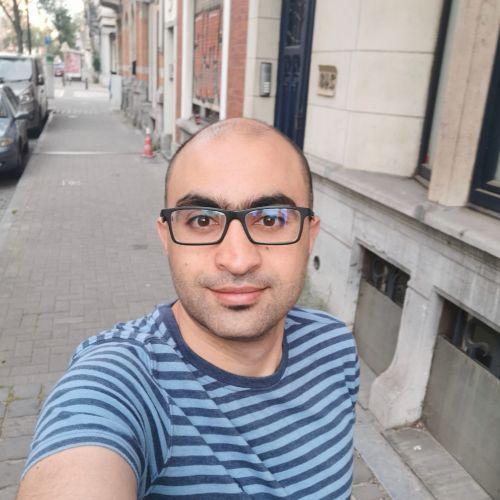 Ahmad - Bruxelles: I am a native Arabic speaker.  I have stud...