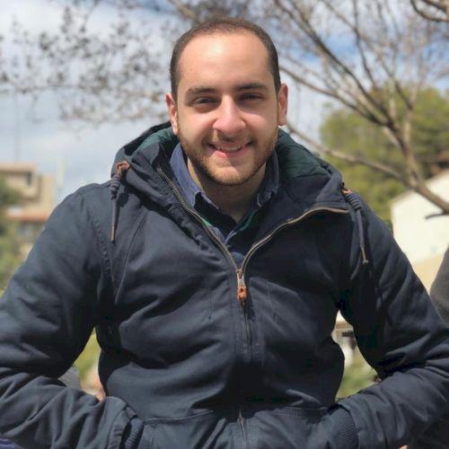 Basel - Arabic Teacher in Dubai: I'm Basel, a passionate, crea...