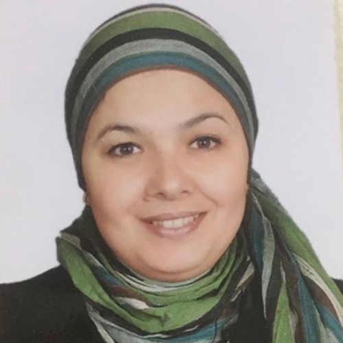 Omneya - Arabic Teacher in Dubai: My name is Omneya my mother ...