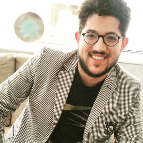 Mamoon - Arabic Teacher in Istanbul: Hello, I'm an electronic ...