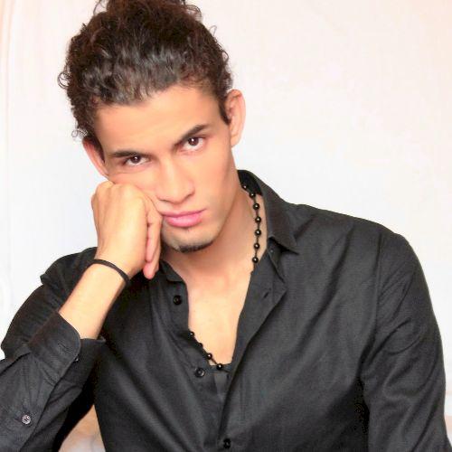 Amin - Arabic Teacher in Madrid: I'm studying aeronautic ingen...
