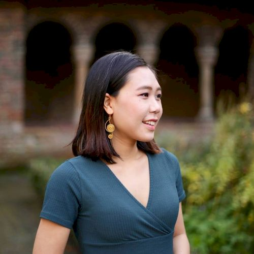 Sin - Amsterdam: I am a native Cantonese speaker who can also ...