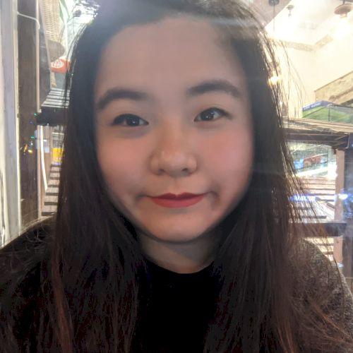 Yuka - Cantonese Teacher in Tel Aviv: Hello! My name's Yuka. B...