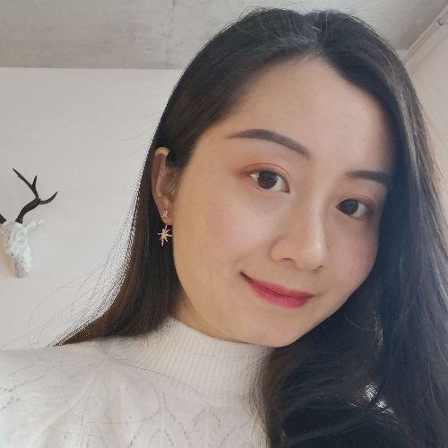 Lindsay - Chinese / Mandarin Teacher in Montreal: I'm a native...