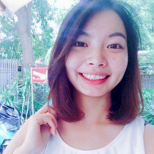 Yi-Ni - Chinese / Mandarin Teacher in Paris: Hi! I'm YiNi. I...