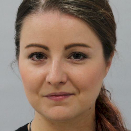 Angelika - Czech Teacher in Jakarta: Hello, my name is Angelik...