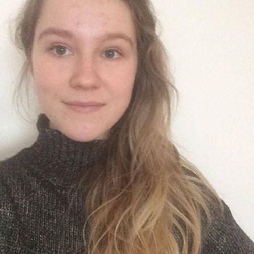Lucia - Czech Teacher in Lisbon: Hello all! My name is Lucia a...