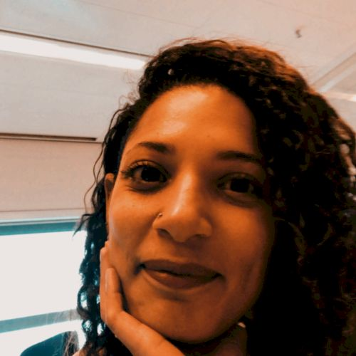 Marinka - Dutch Teacher in Jakarta: I love learning new things...