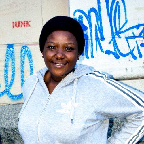Sindisiwe - Dzongkha Teacher in Johannesburg: I'm still a stud...